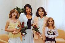 Ivana a Vlasta z Kladna spolu před nedávnem uzavžely registrované partnerství. Zajímavé je, že spolu už jednou manželé byli, tehdy jako Jaroslav a Ivana a mají spolu desetiletou dceru.