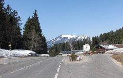 Vysokohorská silnice v průsmyku Gschütt. Ilustrační snímek