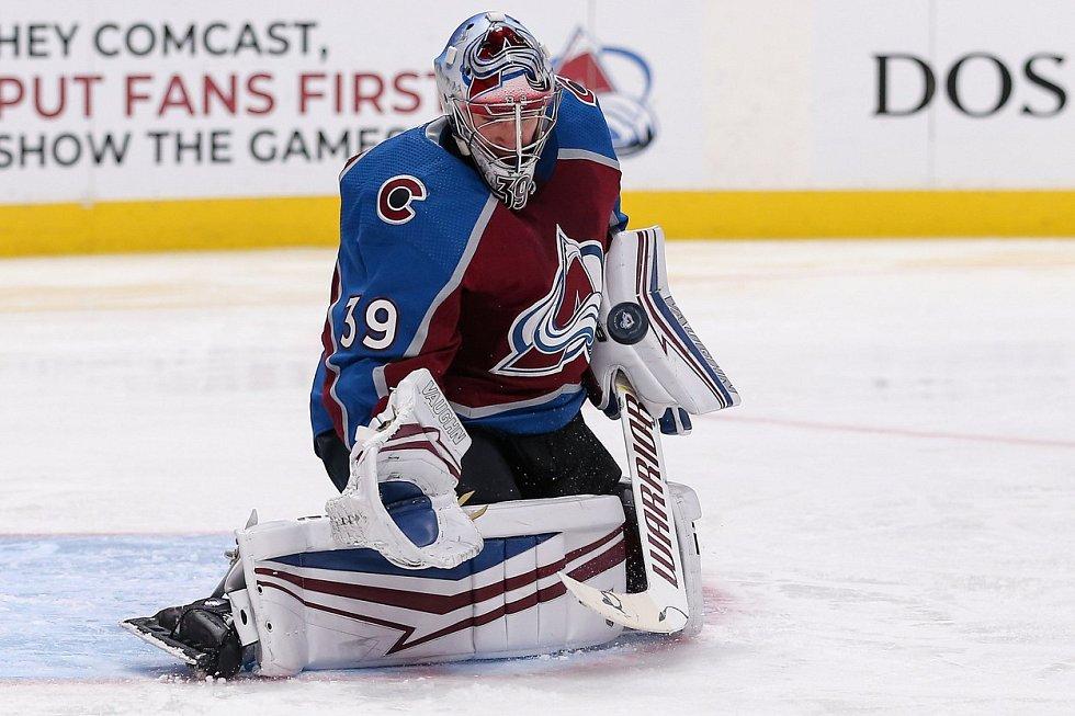 Pavel Francouz v dresu týmu zámořské NHL Colorado Avalanche