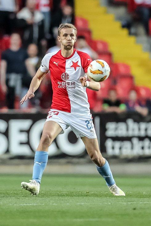 Zápas semifinále poháru MOL Cup mezi Slavia Praha a Sparta Praha hraný 24. dubna v Praze. Tomáš Souček