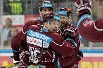 Hokejisté Sparty si poradili s Karlovými Vary 5:2.