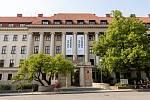 Mendelova univerzita v Brně uspořádala 15. června 2019 takzvaný Sraz století ke 100. výročí školy. Na programu byly mimo jiné komentované prohlídky prostor školy či kulturní vystoupení
