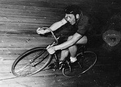 Ze závodu v Berlíně v roce 1962.