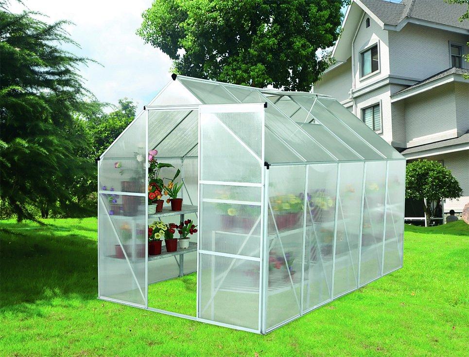 Konstrukci skleníku můžete zakoupit v obchodě nebo na internetu. Nejčastěji používané modely skleníků se prodávají ve formě stavebnice.
