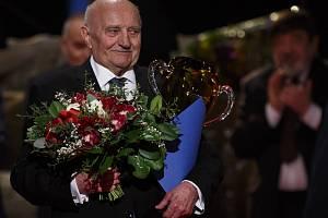 Josef Somr při předávání cen Herecké asociace Thálie 2013.