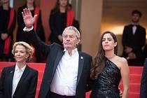 Herec Alain Delon a jeho dcera Anouchka na festivalu v Cannes