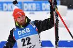 Michal Šlesingr se raduje ze stříbra ve sprintu SP v Oberhofu.