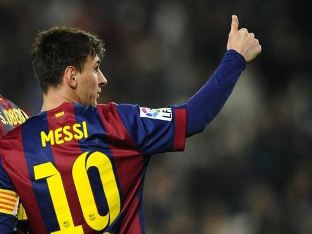 Miláček fanoušků Barcelony Lionel Messi se raduje z gólu proti Elche.