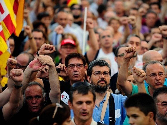 Španělé demonstrovali proti škrtům, zaplavili centrum Madridu