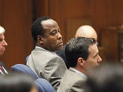 Lékař Conrad Murray