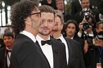JOEL COEN A JUSTIN TIMBERLAKE byli členy delegace, která na festivalu v Cannes představila novinku bratrů Coenů s názvem Inside Llewyn Davis.