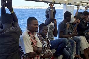 Migranti na lodi Open Arms