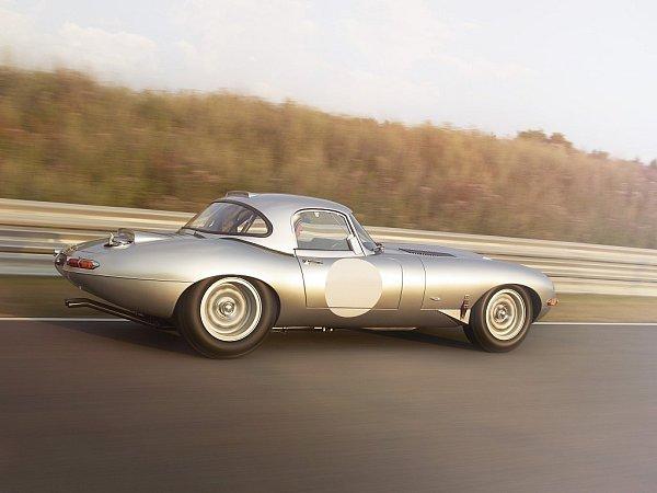 Jaguar E-Type Lightweight.