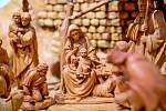 Náchod (Královéhradecký kraj)–Betlémy řezbáře Zdeňka Farského z Náchoda, který je členem Českého sdružení přátel betlémů, jsou k vidění v novoměstské galerii Zázvorka. Umělec je vyrábí především z lipového dřeva, a to ve třech druzích.