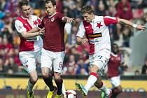Sparta - Slavia: Marek Matějovský u míče