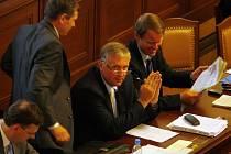 Poslanecká sněmovna jedná o novele zákona o sociálním pojištění