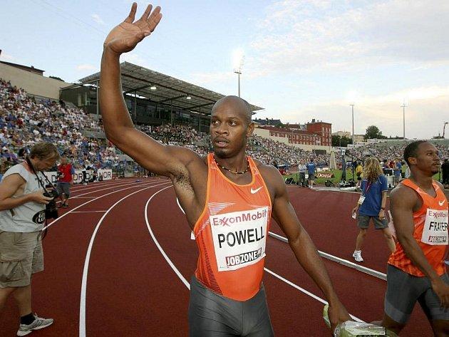 Sprint na sto metrů vyhrál někdejší světový rekordman Asafa Powell.