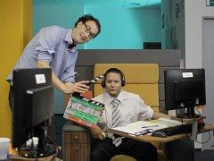 22. července padla první klapka nového filmu začínajícího režiséra Tomáše Pavlíčka s pracovním názvem Parádně pokecal. Na snímku režisér a Matějem Ruppertem