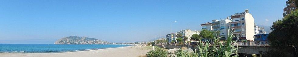 """Alanya: panorama """"východní"""" části"""