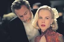 ARISTOKRATKA. Nicole Kidmanová umí nosit dobové kostýmy s mimořádným šarmem.