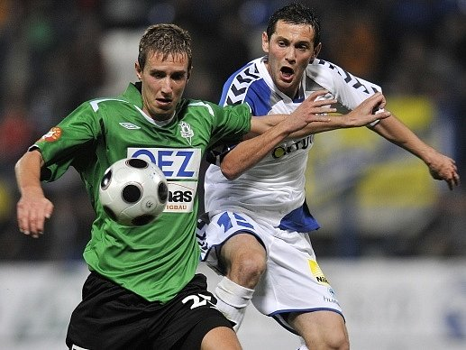 I Tomáš Huber (vlevo) figuruje ve slovenské fotbalové kauze