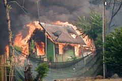Kalifornie bojuje s požáry.