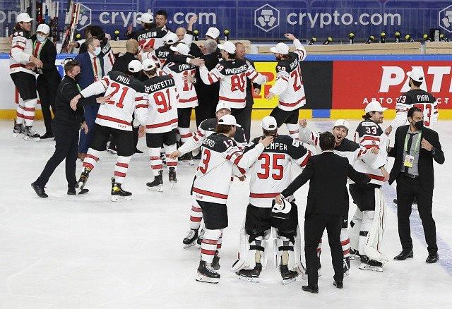Radost Kanaďanů po zisku titulu mistrů světa.