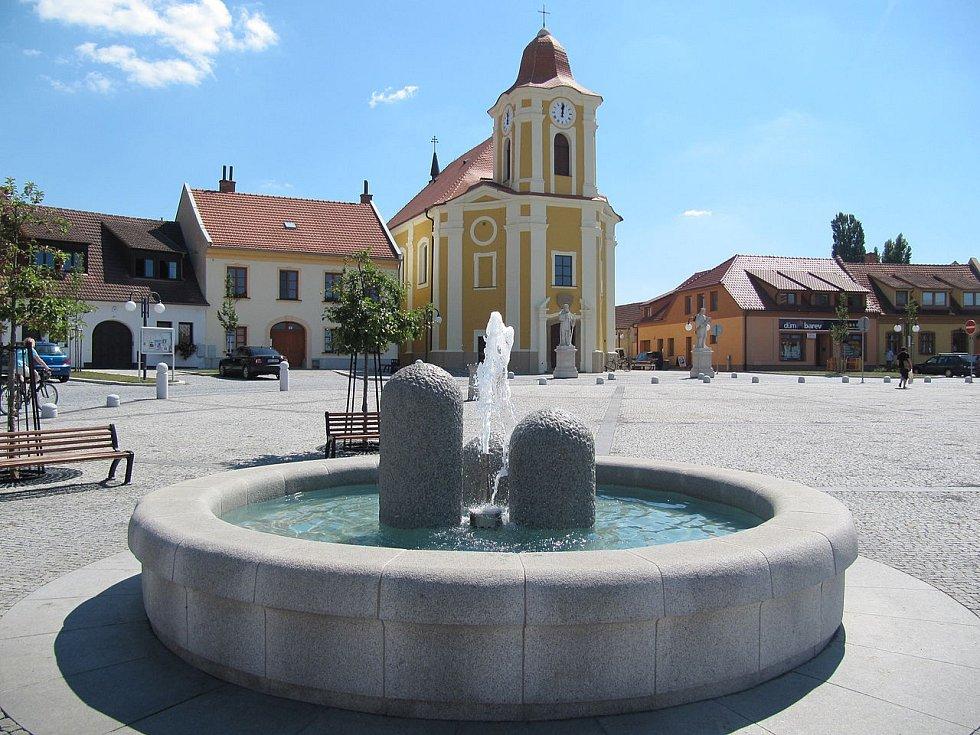 Bartolomějské náměstí ve Veselí na Moravě