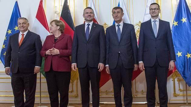 Premiéři V4 s Angelou Merkelovou