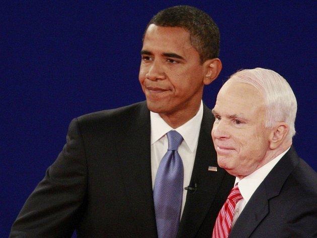 McCain a Obama. Předvolební kampaň finišuje