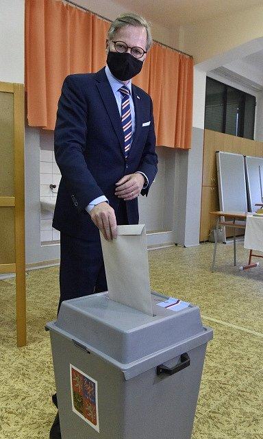 Předseda ODS Petr Fiala u krajských a senátních voleb.