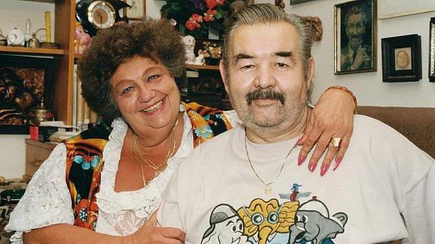 S manželem Jiřím prožila dlouhé šťastné roky.