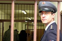 V současné době není signál v kynšperské věznici rušen. Selhala totiž dodavatelská firma.