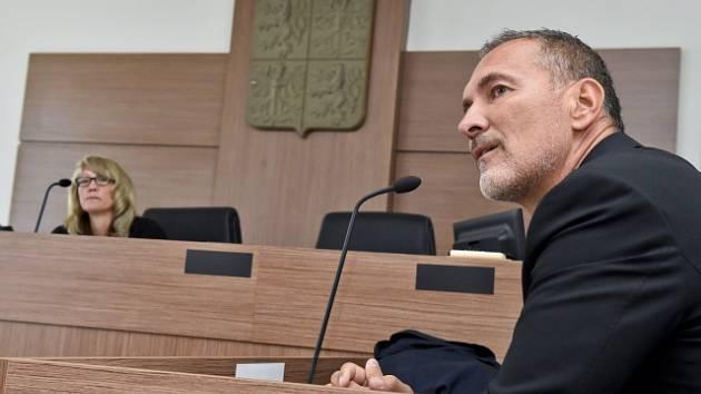 Luděk Vokál u soudu.