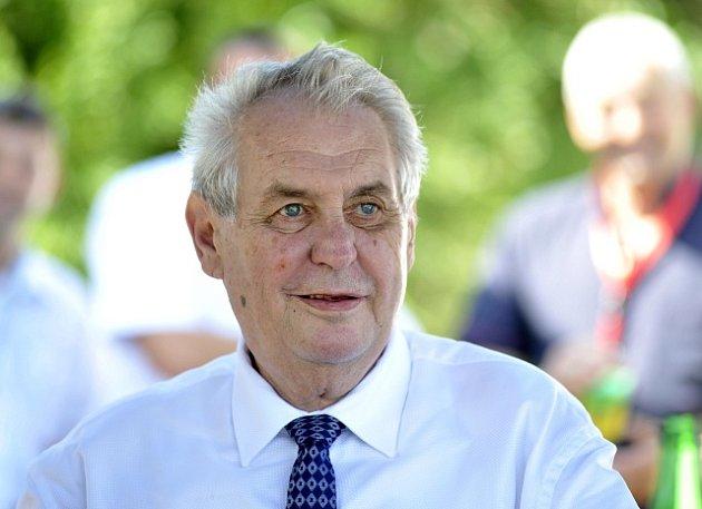 Výsledek obrázku pro Miloš Zeman zdraví