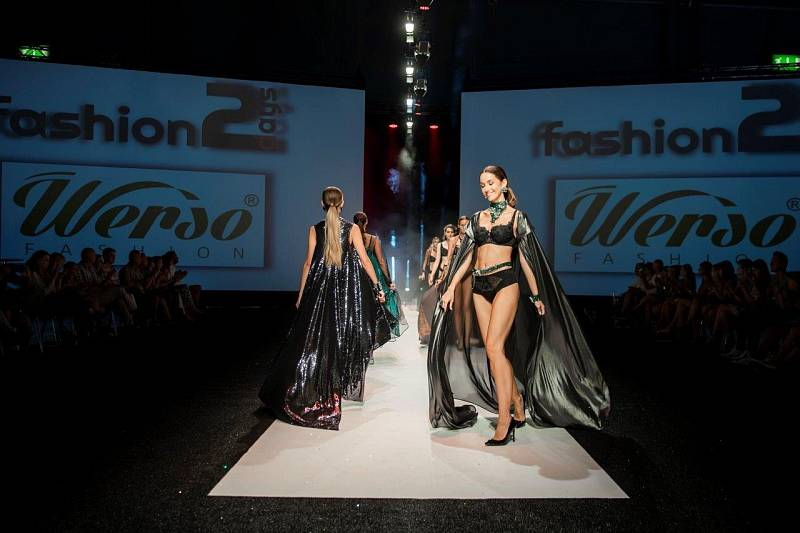 Značku WERSO založila Jiřina Matoušová z Turnova v roce 2004, nabízené modely spodního prádla sama navrhuje a vyrábí