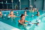 V posledních letech získal na popularitě Aqua aerobik, při kterém kloubům a celému tělu ulevuje podpora vody.