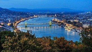 Večerní Budapešť.
