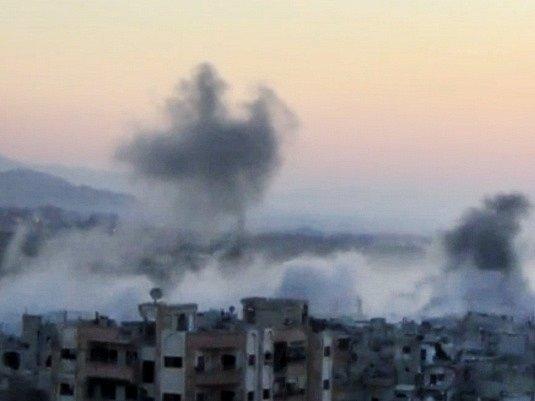 Syrské letectvo útočilo v Damašku poprvé od chemického útoku.