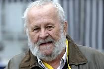 Ve věku 75 let zemřel 2. dubna filmový a televizní dokumentarista Martin Skyba (na snímku z 6. května 2009).