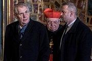 Vyzvednutí korunovačních klenot v kapli sv. Václava v katerdále sv. Víta proběhlo 15. ledna v Praze. Zeman, Duka