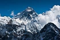 Na nejvyšším vrcholku světa je to už pomalu jak na nádraží...