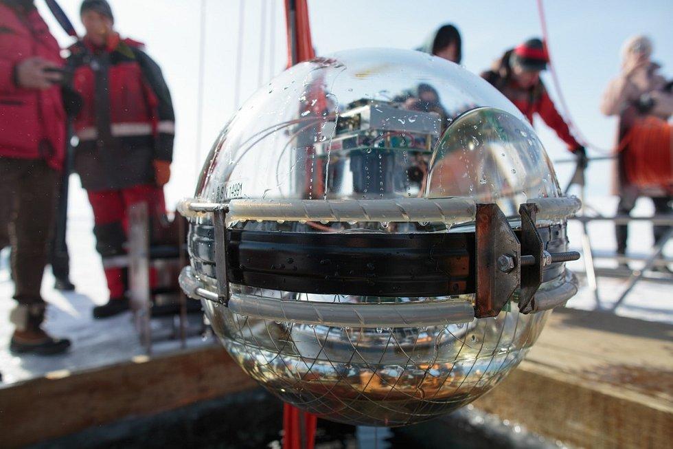 Mise teleskopu Baikal-GVD odstartovala
