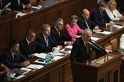 Prezident Miloš Zeman předstoupil před poslance, aby podpořil zisk důvěry vlády Andreje Babiše.