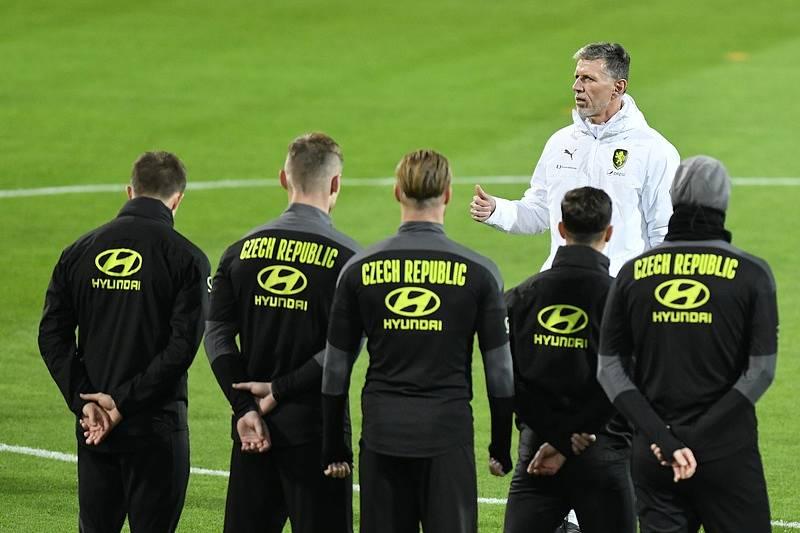 Čeští fotbalisté vyhlížejí soupeře pro osmifinále Eura.