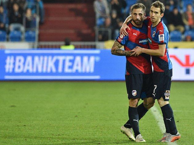 Baník - Plzeň: Tomáš Hořava a Jan Holenda slaví gól