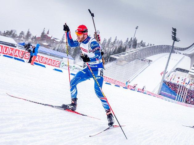 Michal Šlesingr ve stíhacím závodě na mistrovství světa.