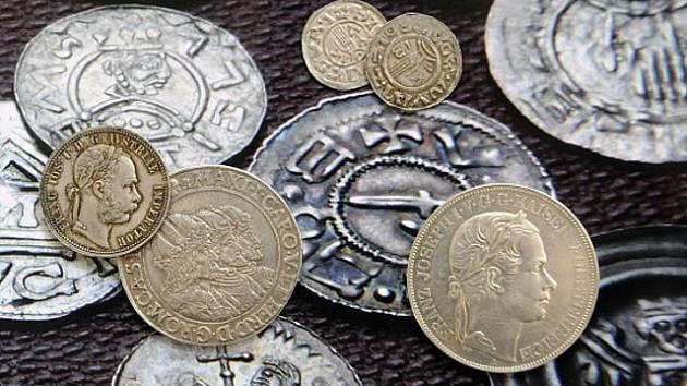 Staré mince. Ilustrační foto.