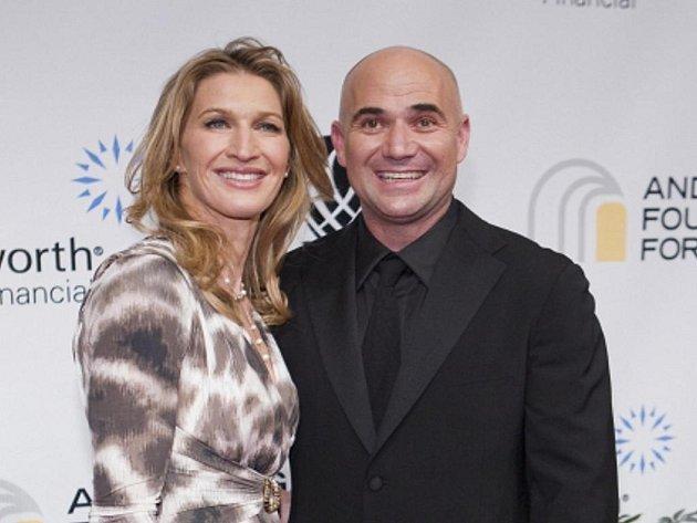 Slavný tenisový manželský pár André Agassi a Steffi Grafová.