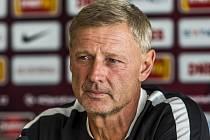 Trenér Sparty Zdeněk Ščasný před zápasem s CSKA Moskva.